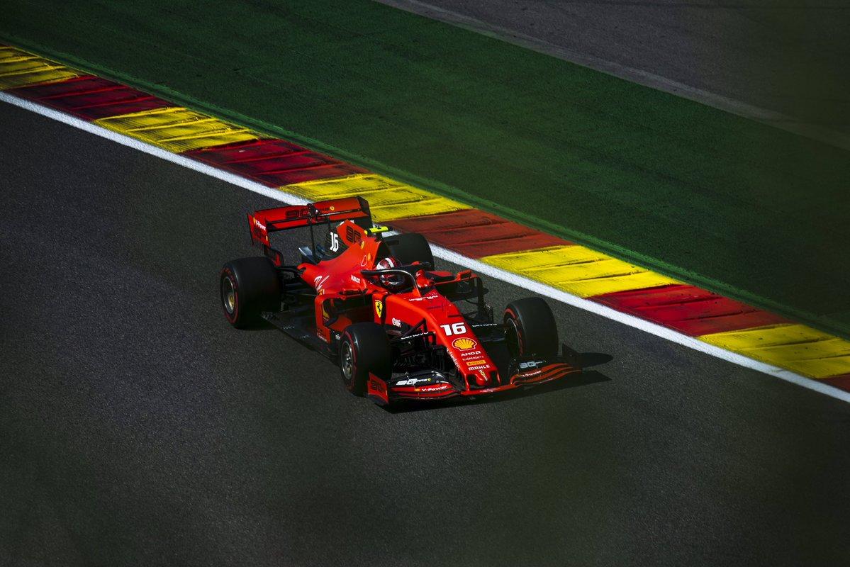 Formula 1 - Gp del Belgio: la prima fila si colora di rosso