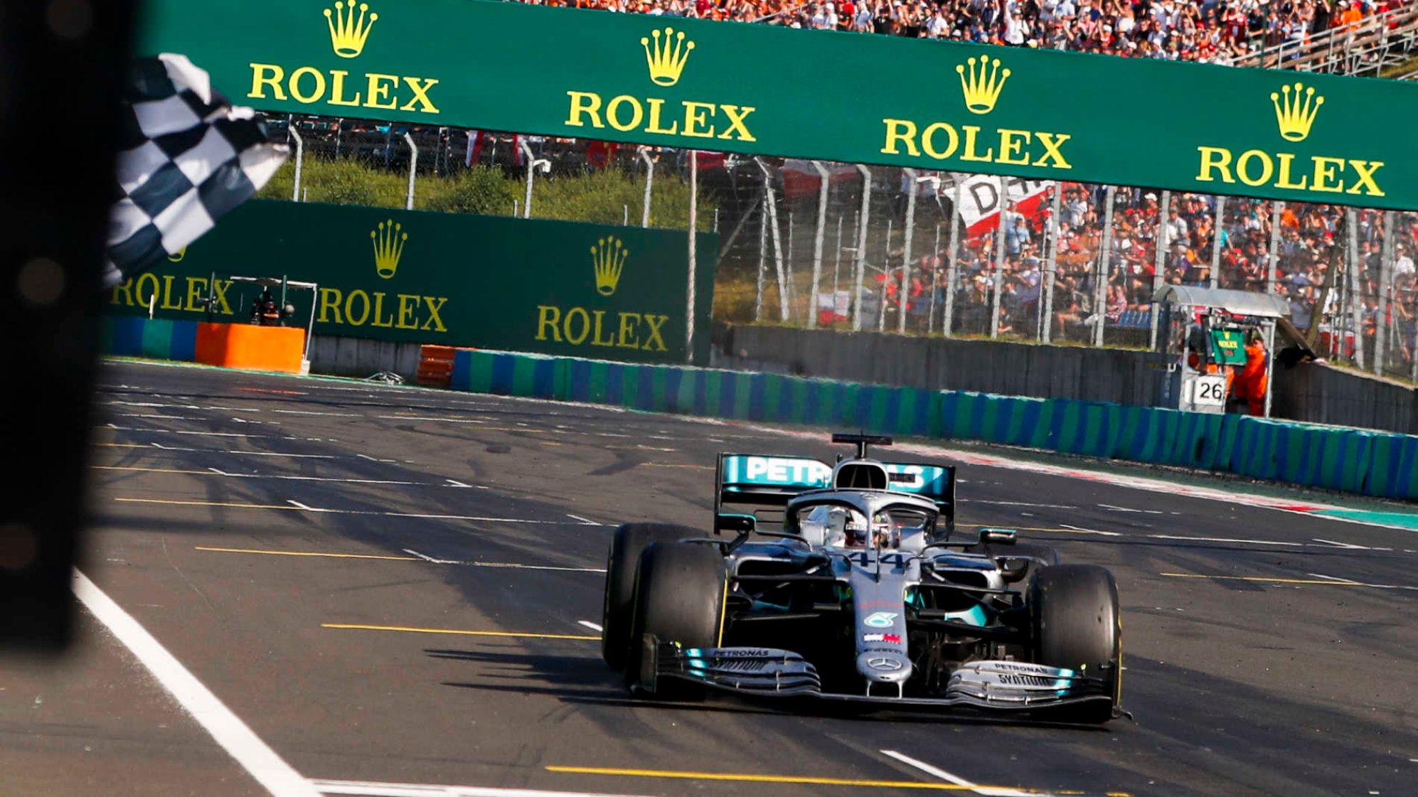Formula 1 - Gp d'Ungheria : Hamilton e Verstappen hanno una marcia in più, le Ferrari difendono la posizione