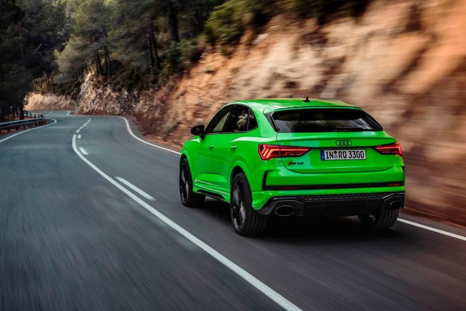 Recensione test drive Audi RSQ3 Sportback 2020