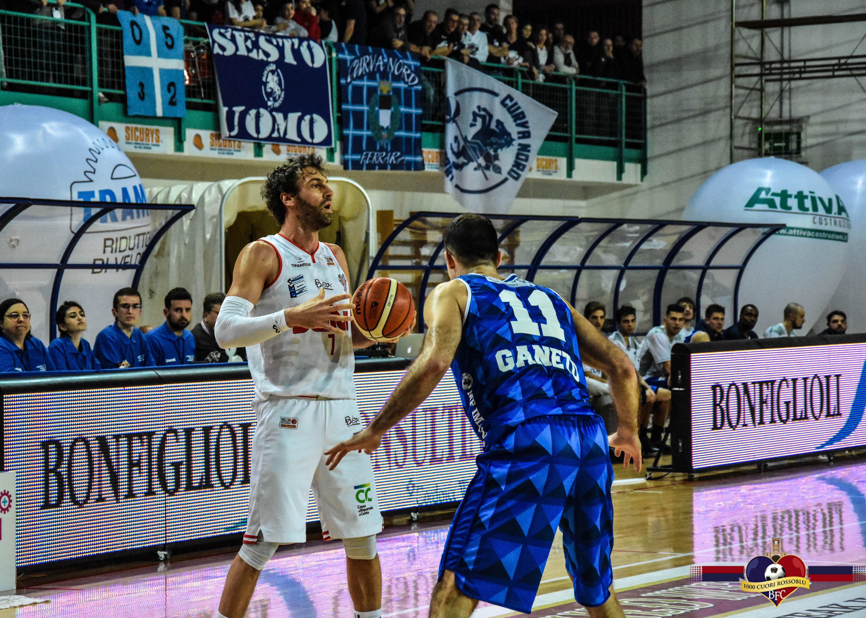 Le speranze della Benedetto XIV durano sei minuti:vince Udine 64-95