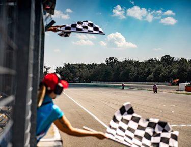 MotoGP – Brno: vince Binder, Morbidelli 2º, Zarco completa il podio