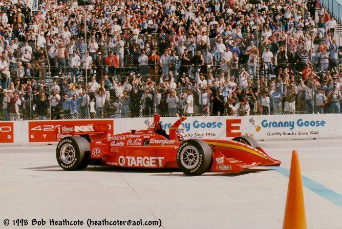 Una gara da Mito – Long Beach 1998, il manifesto di Zanardi