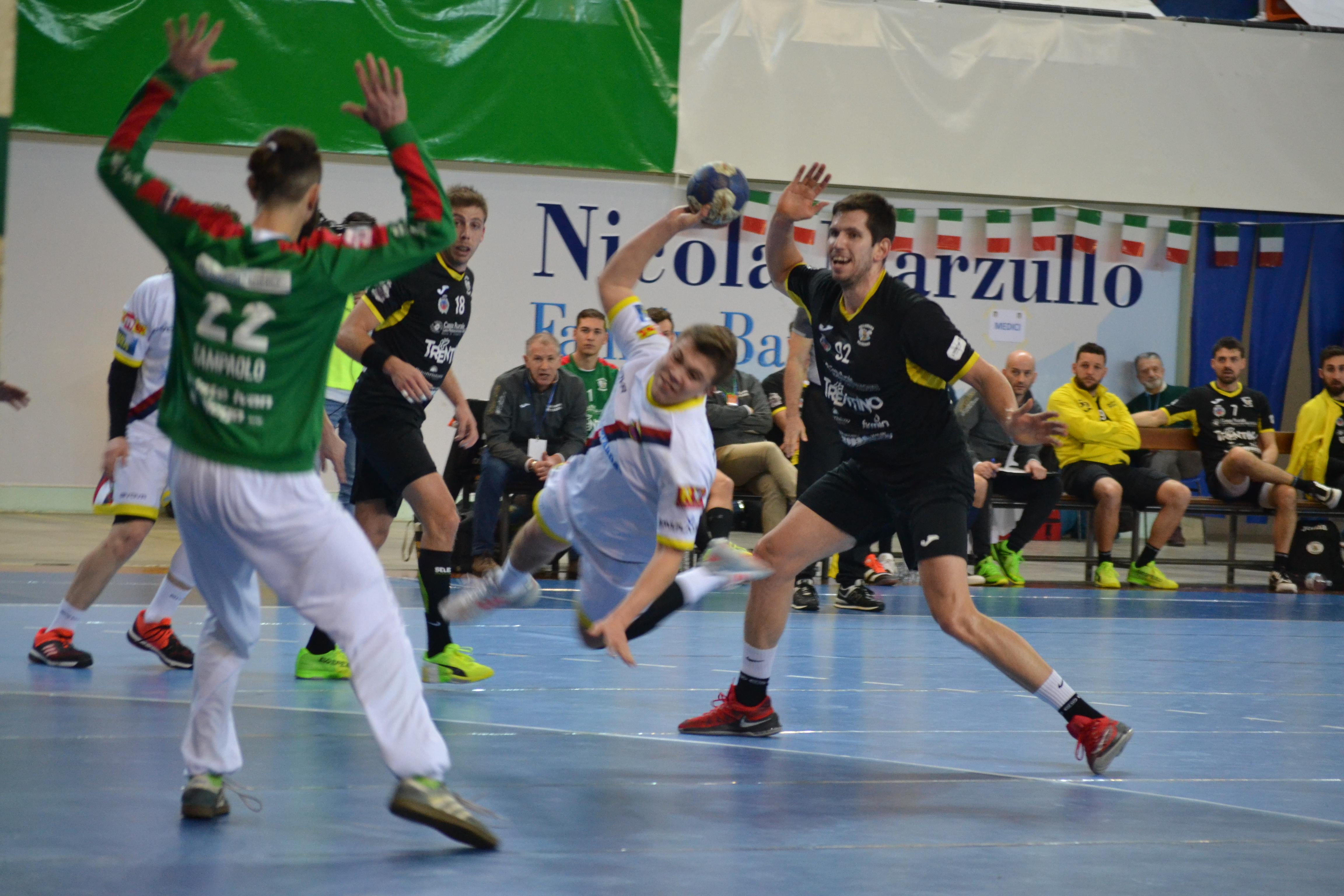 Ahi, Bologna: sconfitta a Pressano nella prima gara dei Play-off