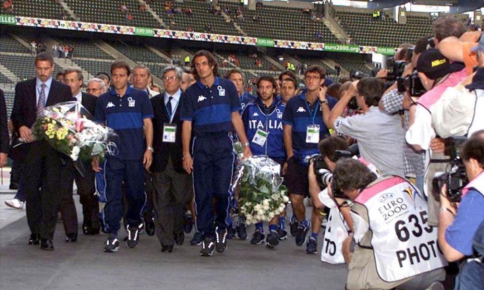 Monday Night - Euro 2000, l'Heysel e un imbarazzante silenzio