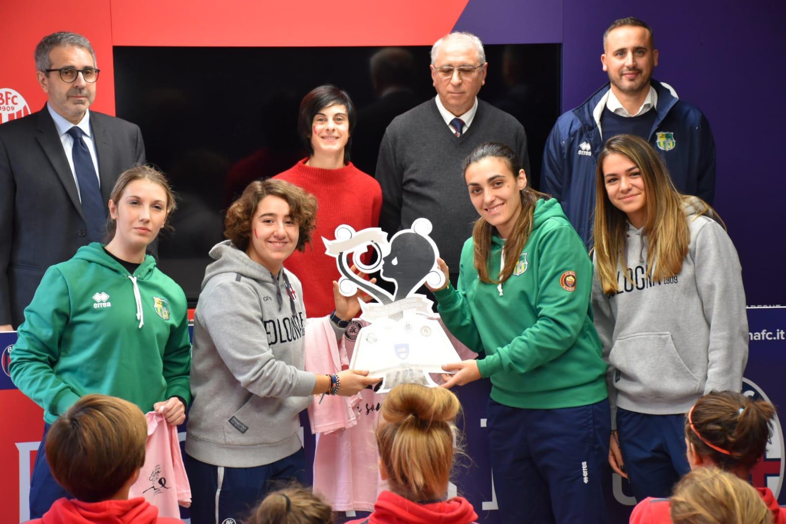 Bologna femminile - Palla alle donne contro ogni violenza