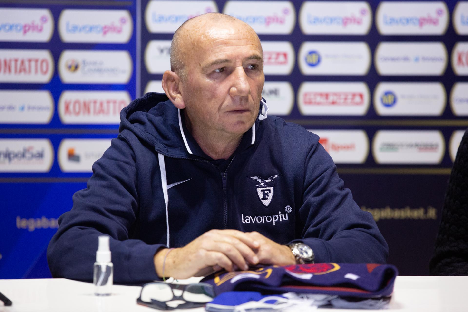 """Fortitudo-Pesaro, le parole del post partita di coach Luca Dalmonte: """"Partita decisa da episodi"""""""
