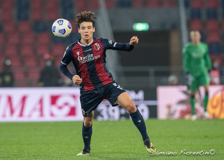 Il Resto del Carlino - Bologna FC, Hickey gioca e convince. È l'unico diciottenne titolare in Serie