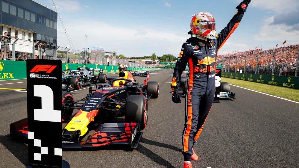 Formula 1 - A Silverstone trionfa Verstappen, sul podio le due Mercedes
